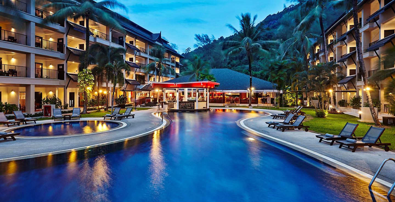 8 โรงแรมติดทะเลภูเก็ต