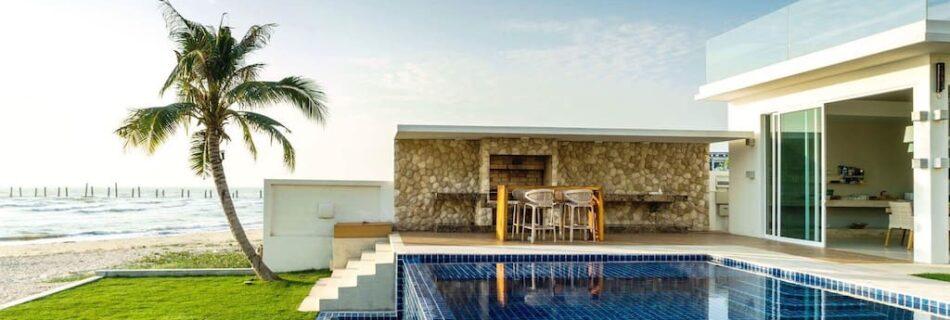 4 pool villas by the sea